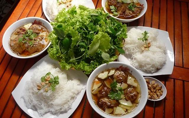 nhung-mon-an-dac-san-Ha-Thanh-nhat-dinh-phai-thuong-thuc-anh1