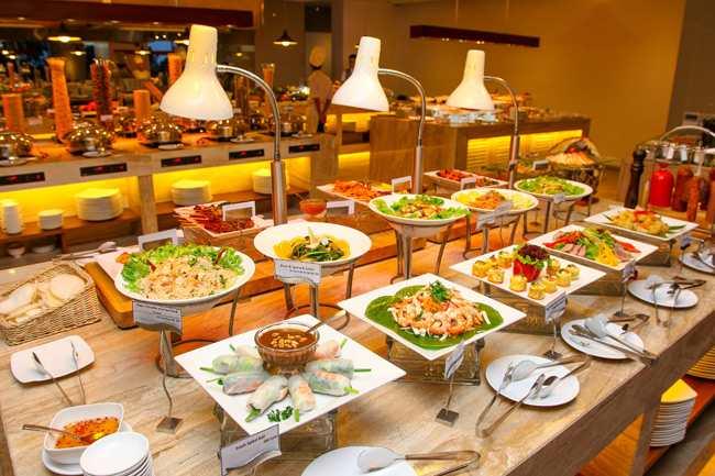 to-chuc-tiec-buffet-cuoi-nam-cho-cong-ty